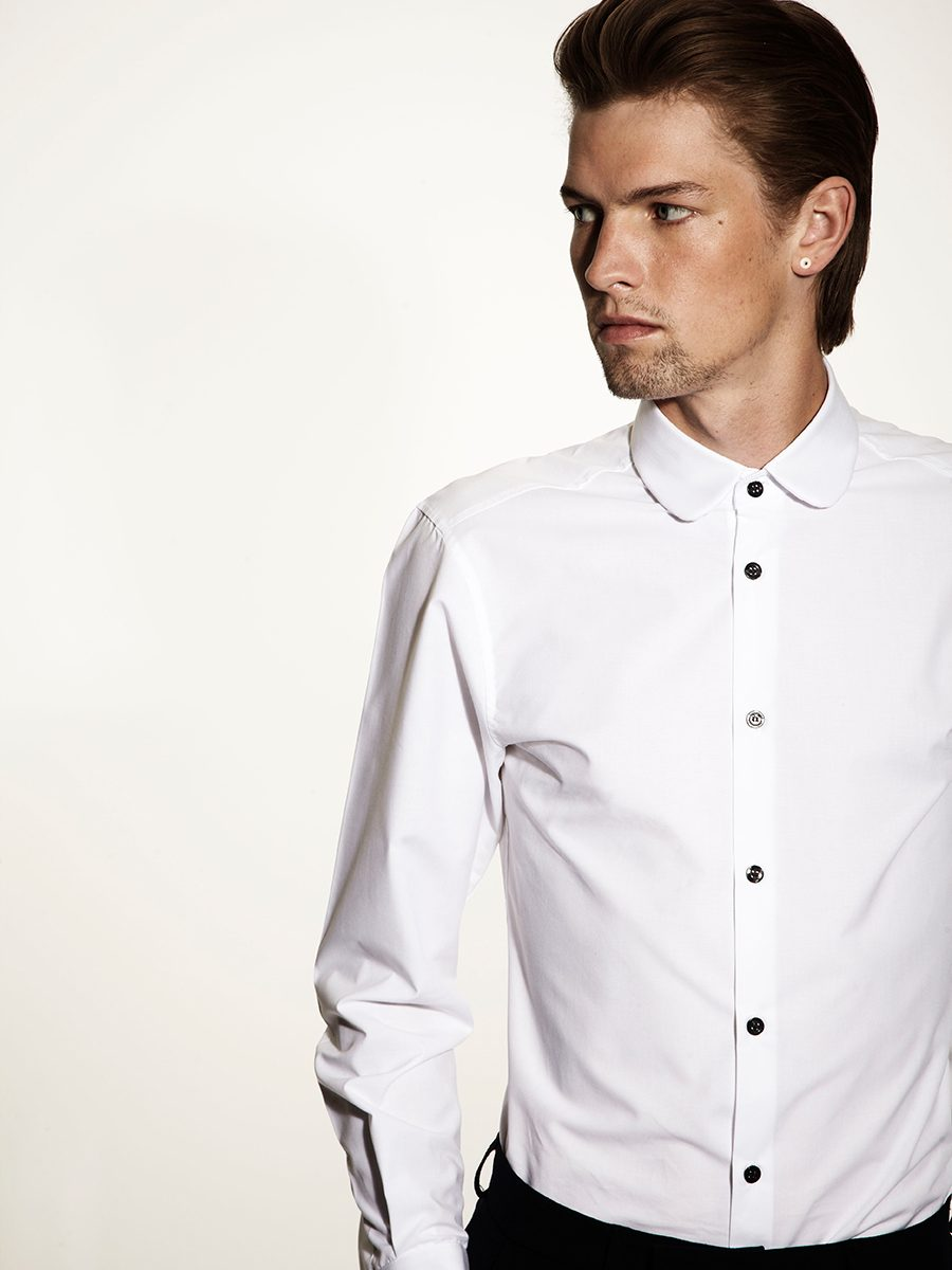 Kurt Geiger - shirt - closeup